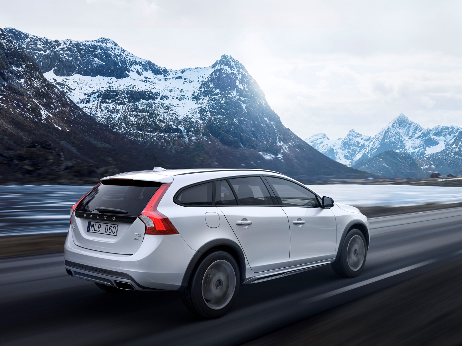 Volvo_V60_Cross_Country
